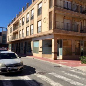 local-comercial-en-avenida-la-mota-santomera